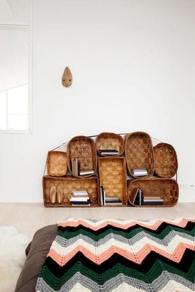 nuevos-usos-cestas-como-estantes-L-BvcDUl
